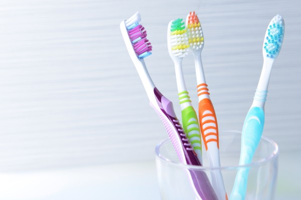 Tips For Picking A Toothbrush And Toothpaste